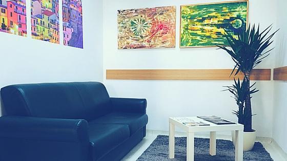 Glasbena šola B.A.S.E. Ptuj - čakalnica