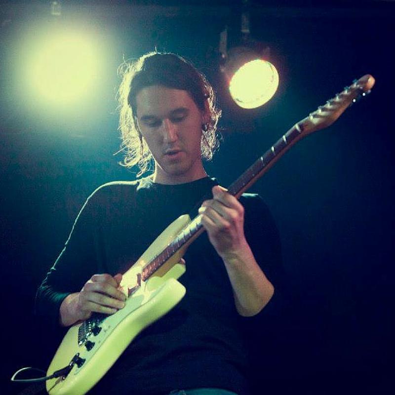 filip vadnu2 kitara