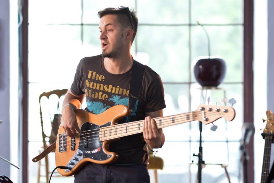 Tomaž - bas kitara