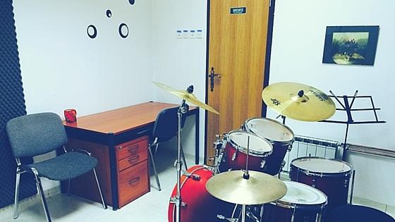Glasbena šola B.A.S.E. Ptuj - bobnarska soba