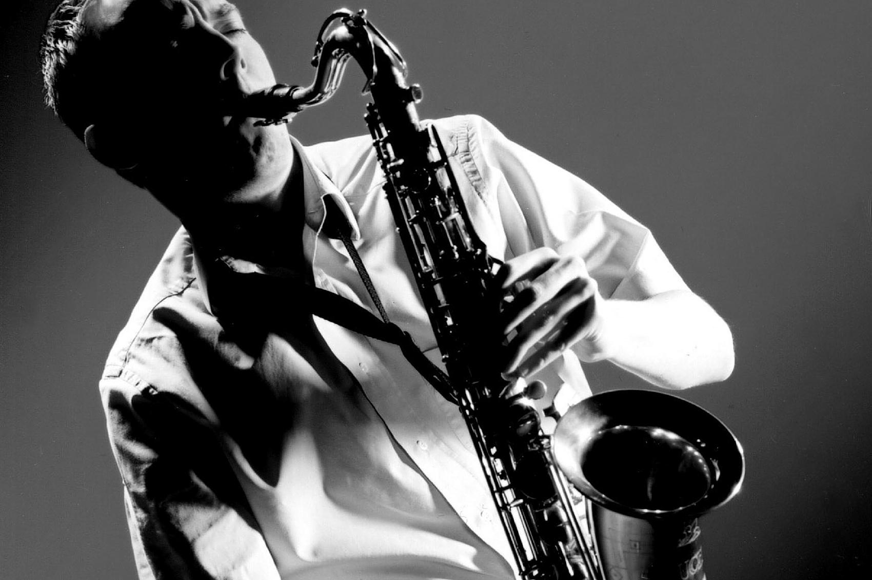 učenje saksofona