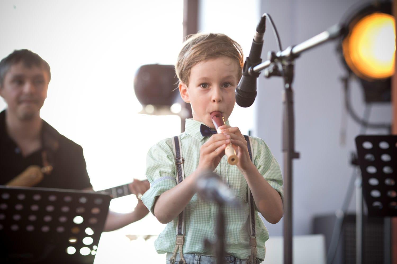 Kljunasta-flavta-za-otroke