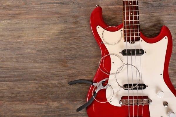 Vzdrževanje bas kitare