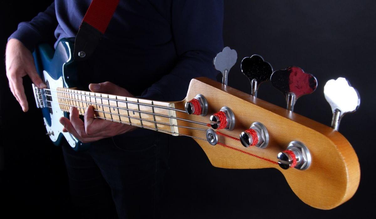 Jazz bas kitara